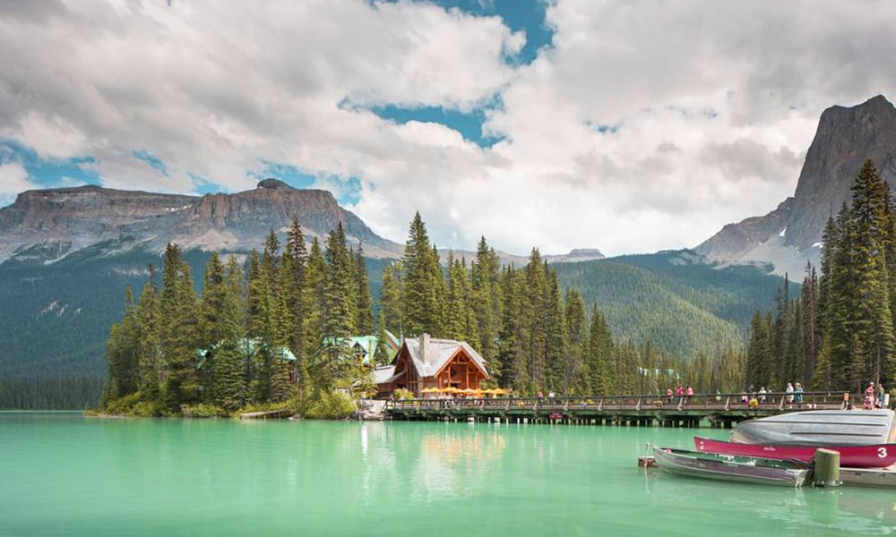 Emerald Lake: Can You Camp? Here Are Some Tips To Be Followed